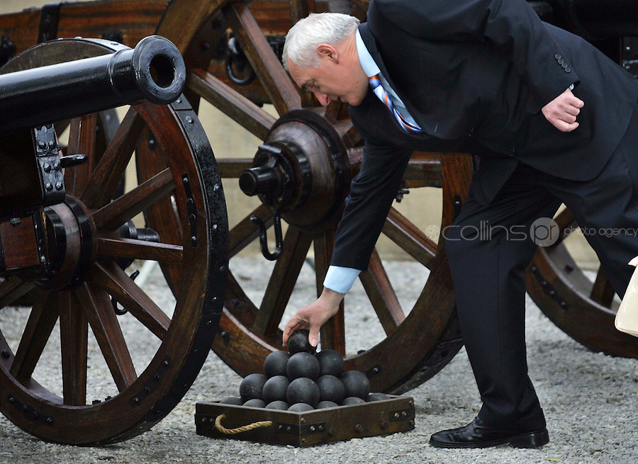 11/05/07  Taoiseach, Bertie Ahern with a cannon ball this morning pictured at Oldbridge House, the site of the Battle of The Boyne in 1690....Picture Collins, Dublin, Colin Keegan.