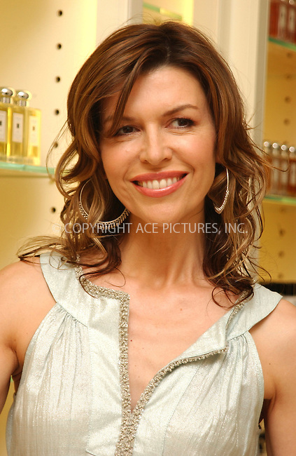 WWW.ACEPIXS.COM . . . . . ....NEW YORK, JUNE 14, 2005....Finola Hughes signs copies of her new book 'Soapsuds' at the Jo Malone Shop.....Please byline: KRISTIN CALLAHAN - ACE PICTURES.. . . . . . ..Ace Pictures, Inc:  ..Craig Ashby (212) 243-8787..e-mail: picturedesk@acepixs.com..web: http://www.acepixs.com