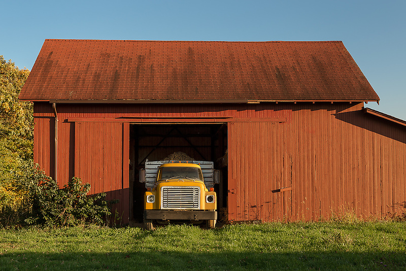 Potato Truck &amp; Red Barn<br />