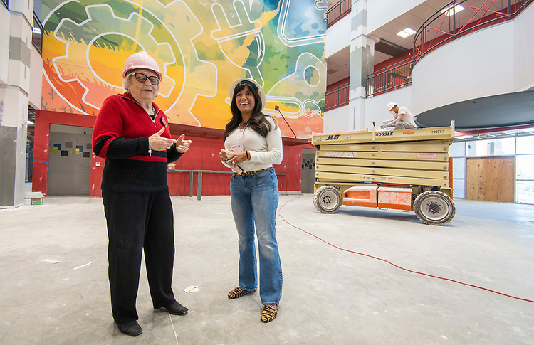 Bertie Simmons and Houston ISD Trustee Diana Davila look over construction during a Project Advisory Team tour at Furr High School, April 6, 2017.