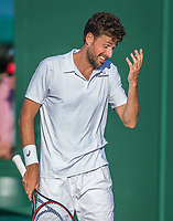 London, England, 4 th July, 2017, Tennis,  Wimbledon, Robin Haase (NED) reacts<br /> Photo: Henk Koster/tennisimages.com