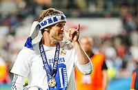 LISBOA, PORTUGUAL, 24.05.2014 - LIGA DOS CAMPEOES - REAL MADRID - ATLETICO DE MADRID - Gareth Bale do Real Madrid comemora a conquista da Liga dos Campeões após a vitória por 4 a 1, na prorrogação contra o Atlético de Madrid, no estádio da Luz, em Lisboa, Portugal, neste sábado. O Real conquistou a taça da Liga pela 10ª vez. (PHOTO: PIXATHLON / BRAZIL PHOTO PRESS).