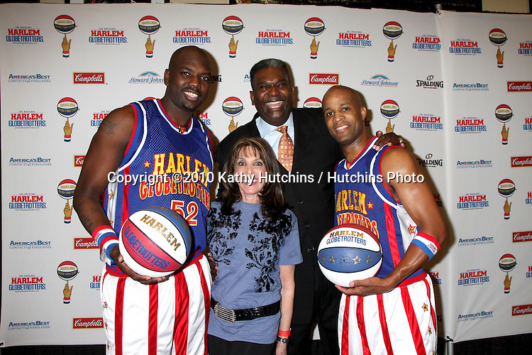 Big Easy, Kate Linder,  Sweet Lou Dunbar, FLight Time.at the Harlem Globetrotters Game .Staples Center.Los Angeles, CA.February 14, 2010.©2010 Kathy Hutchins / Hutchins Photo....