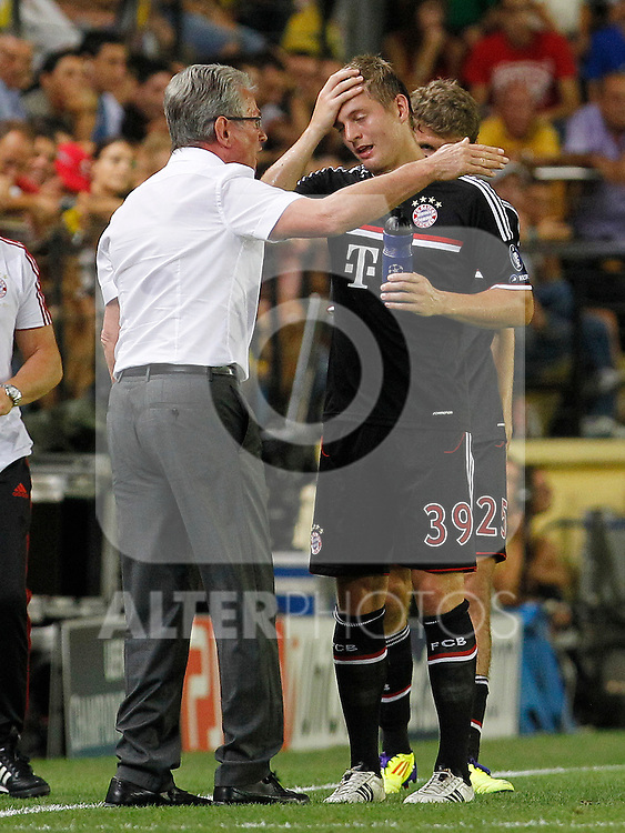 FC Bayern Munchen's coach Jupp Heynckes (l) and Toni Kroos during UEFA Champions League match.September 14,2011.(ALTERPHOTOS/Acero)