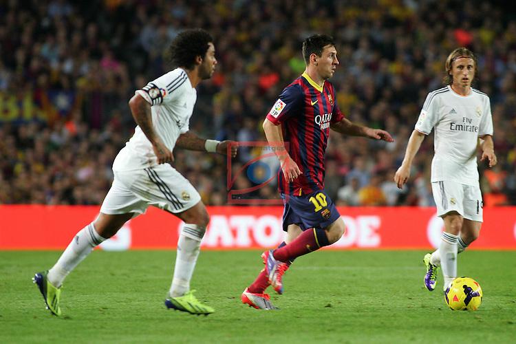 League BBVA 2013/2014 - Game: 10.<br /> 2013-09-24: FC Barcelona vs R. Madrid: 2-1.<br /> Marcelo, Messi &amp; Modric.