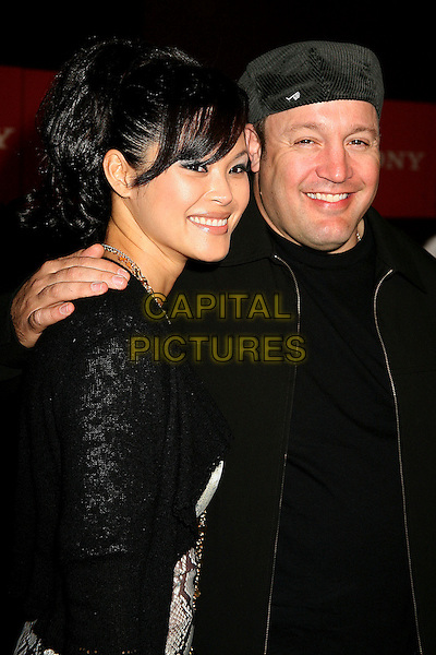 STEFFIANA DE LA CRUZ & KEVIN JAMES.Sony Global Marketing Partners? Conference Closing Celebration on Rodeo Drive, Beverly Hills, California, USA, 29 September 2006..half length.Ref: ADM/BP.www.capitalpictures.com.sales@capitalpictures.com.©Byron Purvis/AdMedia/Capital Pictures.