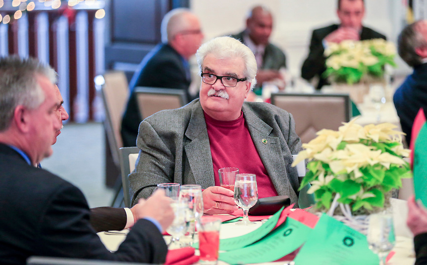 The 2016 New Jersey Asphalt Pavement Association Annual Holiday Luncheon, held on Thurs., December 8 at Galloping Hill Golf Course in Kenilworth. World reknown mentalist Jon Stetson was the keynote speaker.