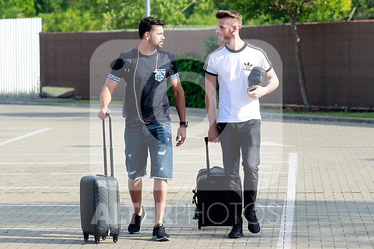 Spain's Diego Costa (l) and David De Gea arrive to the national football team stage to train the qualifying matches for the 2018 World Cup in Russia. June 3,2017.(ALTERPHOTOS/Acero)