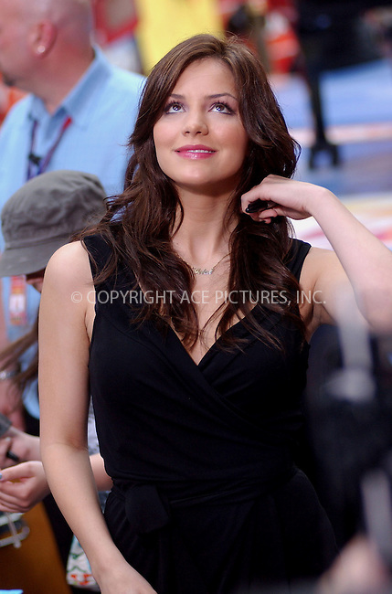 "WWW.ACEPIXS.COM . . . . . ....NEW YORK, JUNE 1, 2006....Katharine McPhee perform on ""The Today Show"".....Please byline: KRISTIN CALLAHAN - ACEPIXS.COM.. . . . . . ..Ace Pictures, Inc:  ..(212) 243-8787 or (646) 679 0430..e-mail: picturedesk@acepixs.com..web: http://www.acepixs.com"