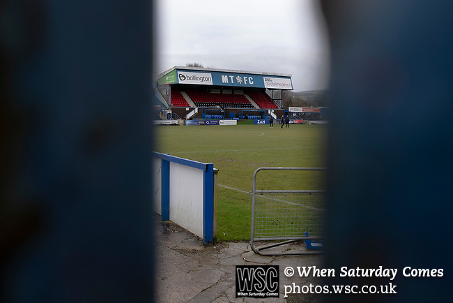 Macclesfield Town 1 Grimsby Town 1, 26/12/2019. Moss Rose, English League 2. An interior view of the ground before Macclesfield Town played Grimsby Town in a SkyBet League 2 fixture at Moss Rose. The home club had suffered problems in the run up to this fixture with the EFL deducting points after they failed to pay staff and they had a game postponed. This match ended in a 1-1 draw, watched by a crowd of 1,991. Photo by Colin McPherson.