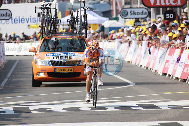 Action from the first stage prologue in the 2009 Tour de France, 4th July 2009 (Photo by Manus OReilly/NEWSFILE)