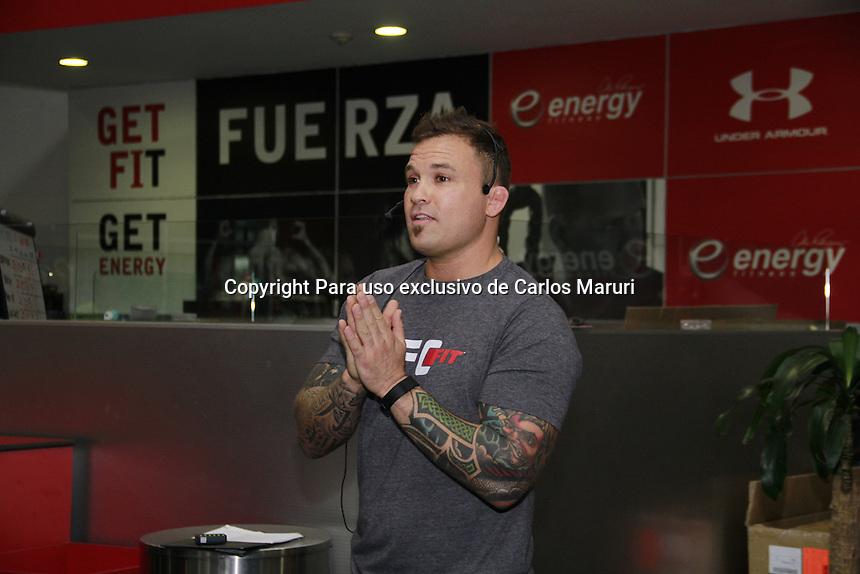 M&eacute;xico DF 12/Junio/2015.<br /> Se realiza por primera vez en M&eacute;xico el programa de entrenamiento UFC de Energy Fitness, En la clase muestra fue realizada por el peleador de la UFC, &ldquo;Razor&rdquo; Rob MacCullough WEC Ligthweitght Champion y Senior Master Trainer, y Genevi&eacute;se Souszynki UFC Fit Master Trainer.<br /> Todos los derechos reservados.