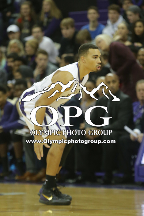 DEC 22, 2015:  Washington's Andrew Andrews  against Seattle University. Washington defeated Seattle University 79-68 at Alaska Airlines Arena in Seattle, WA.
