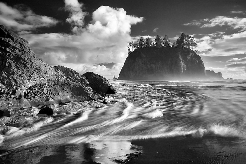 Crying Lady Rock and surf at Second Beach. Olympic National Park, Washington