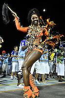 SÃO PAULO, SP, 05 DE FEVEREIRO DE 2012 - ENSAIO ACADÊMICOS DO TUCURUVI - Valéria de Paula, rainha da bateria durante ensaio técnico da Escola de Samba Acadêmicos do Tucuruvi na preparação para o Carnaval 2012. O ensaio foi realizado na noite deste domingo (05) no Sambódromo do Anhembi, zona norte da cidade. FOTO: LEVI BIANCO - NEWS FREE
