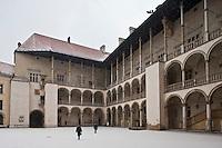 Europe/Voïvodie de Petite-Pologne/Cracovie:   la cour renaissance du Château - Vieille ville (Stare Miasto) classée Patrimoine Mondial de l'UNESCO,