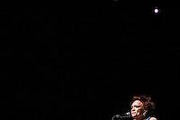 """SÃO PAULO,SP, 04.03.2016 - SHOW-SP - A atriz e cantora Bibi Ferreira (93 anos) durante """"4xBibi"""", espetáculo que comemora seus 75 anos de carreira, Jubileu de Diamante no Tom Brasil em Santo Amaro região sul na noite deste sexta-feira, 04. (Foto: William Volcov/Brazil Photo Press)"""