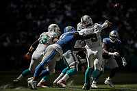 MIAMI, FL, 21.10.2018 – DOLPHINS-LIONS – Jogador Osweiler do Miami, durante partida válida pela sétima semana da temporada regular da NFL, no Hard Rock Stadium, na tarde deste domingo (21).(Foto: Jayson Braga / Brazil Photo Press)