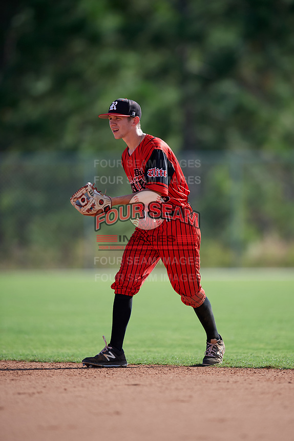 Trevor Gattin during the WWBA World Championship at the Roger Dean Complex on October 19, 2018 in Jupiter, Florida.  Trevor Gattin is a shortstop from Oak Leaf, Texas who attends Red Oak High School.  (Mike Janes/Four Seam Images)