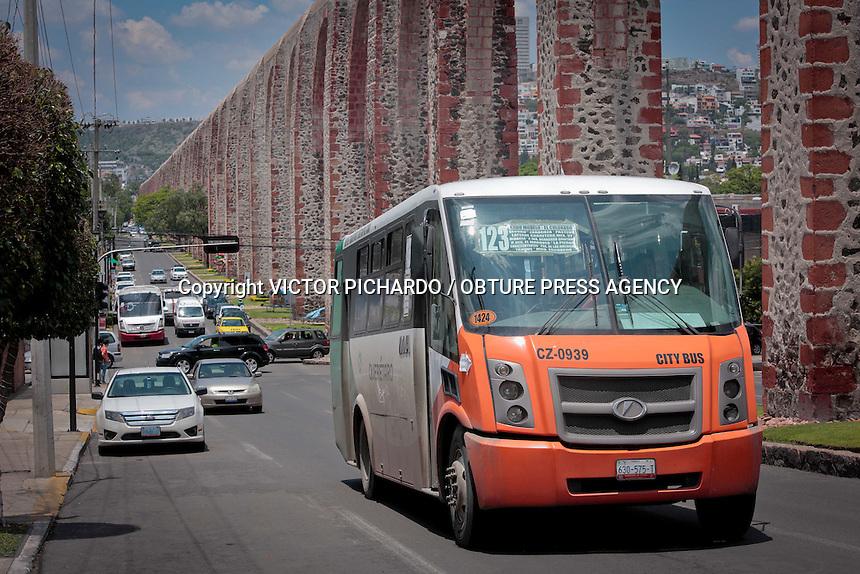 Querétaro, Qro. 16 junio 2016.- Aspectos de unidades que prestan el transporte público a la ciudadanía en la zona metropolitana de Querétaro.