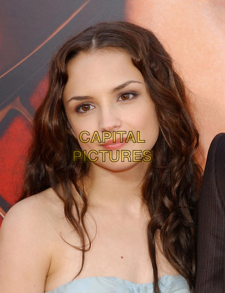 RACHAEL LEIGH COOK .Columbia Pictures' World Premiere of Spider-Man 2 held at The Mann Village Theatre in Westwood, .California, .June 22nd 2004..portrait headshot blue strapless dress spiderman.Copyright 2004 by Debbie VanStory.*UK sales only*.www.capitalpictures.com.sales@capitalpictures.com.©Capital Pictures