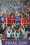 Olympique Lyonnais's team celebrate the victory in the UEFA Women's Champions League 2015/2016 Final match.May 26,2016. (ALTERPHOTOS/Acero)