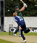 Scottish Saltires V Nottingham Outlaws - Clydesdale Bank 40 - at Grange CC (Edinburgh) - the end for Outlaws Alex Hales bowled Parker for 13 - Picture by Donald MacLeod  07.5.12  07702 319 738  clanmacleod@btinternet.com