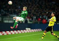 FUSSBALL   1. BUNDESLIGA   SAISON 2012/2013    18. SPIELTAG SV Werder Bremen - Borussia Dortmund                   19.01.2013 Eljero Elia (li, SV Werder Bremen) gegen Lukasz Piszczek (re, Borussia Dortmund)