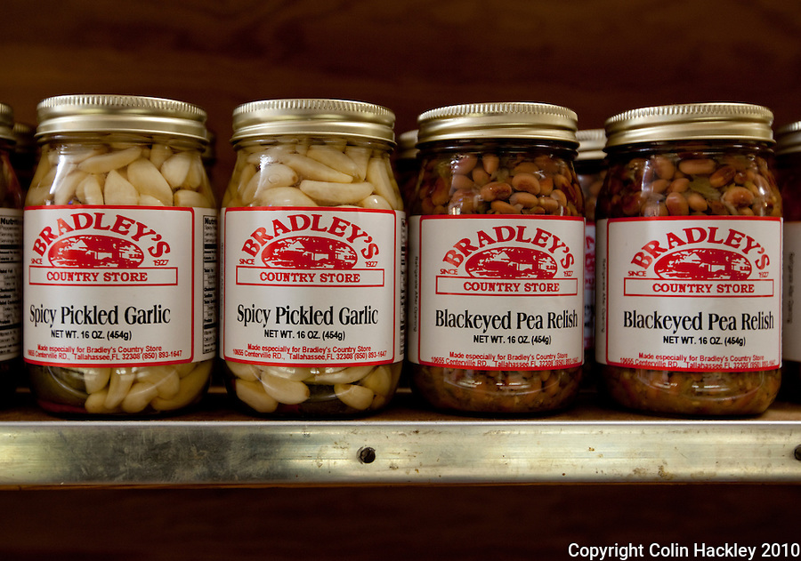 TALLAHASSEE, FLA. 8/23/10-VISITTALLY-082310-HACKLEY-The shelves of Bradley's Country Store in Tallahassee feature traditionally prepared foods...COLIN HACKLEY PHOTO