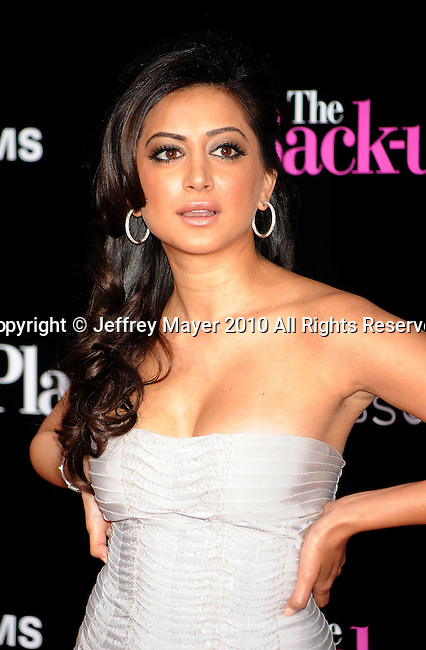"WESTWOOD, CA. - April 21: Noureen DeWulf attends the ""The Back-Up Plan"" Los Angeles Premiere at Regency Village Theatre on April 21, 2010 in Westwood, California."