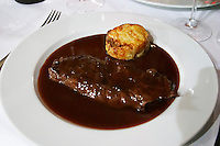 onglet steak and gratin of potatoes le cabaret du vivarais tain l hermitage rhone france