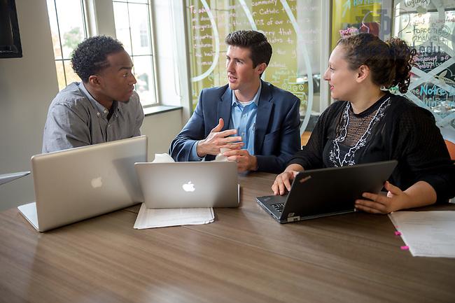 Oct. 14, 2014; ESTEEM program students meet. (Photo by Matt Cashore/University of Notre Dame)