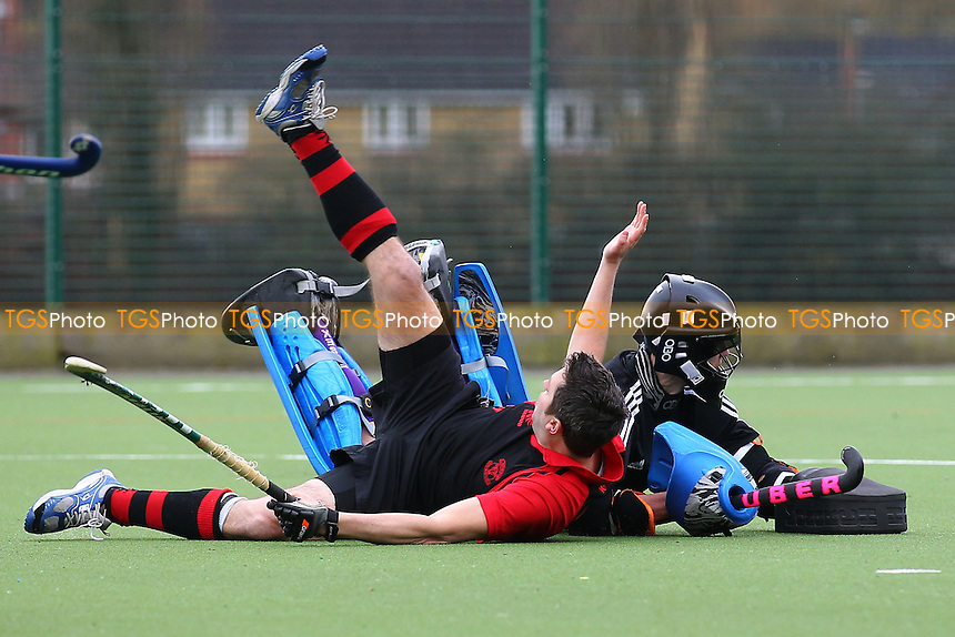 Havering HC 2nd XI vs Upminster HC 4th XI - East Hockey League at Campion School - 17/01/15 - MANDATORY CREDIT: TGSPHOTO - Self billing applies where appropriate - contact@tgsphoto.co.uk - NO UNPAID USE
