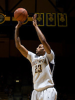 Allen Crabbe of California shoots the ball during the game against Pepperdine at Haas Pavilion in Berkeley, California on November 13th, 2012.  California defeated Pepperdine, 79-62.