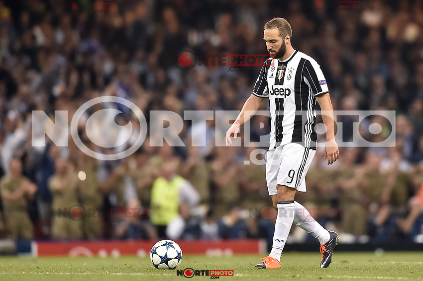 Gonzalo Higuain of Juventus looks dejected during the UEFA Champions League Final match between Real Madrid and Juventus at the National Stadium of Wales, Cardiff, Wales on 3 June 2017. Photo by Giuseppe Maffia.<br /> <br /> Giuseppe Maffia/UK Sports Pics Ltd/Alterphotos /nortephoto.com