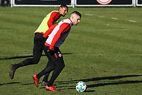 Sebastien Haller (Eintracht Frankfurt) gegen Ante Rebic (Eintracht Frankfurt) - 30.01.2018: Eintracht Frankfurt Training, Commerzbank Arena