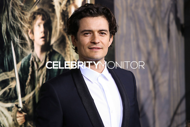 "HOLLYWOOD, CA - DECEMBER 02: Actor Orlando Bloom arrives at the Los Angeles Premiere Of Warner Bros' ""The Hobbit: The Desolation Of Smaug"" held at Dolby Theatre on December 2, 2013 in Hollywood, California. (Photo by Xavier Collin/Celebrity Monitor)"
