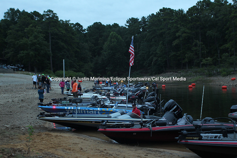 August 21, 2015: Anglers line the shoreline at the Brady Mountain ramp before day two of the Forrest Wood Cup on Lake Ouachita in Hot Springs, AR. Justin Manning/ESW/CSM