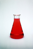 METHYL ORANGE AS CHEMICAL INDICATOR<br /> Methyl Orange Indicates pH Level of 2<br /> The magenta color of methyl orange indicator when added to solution indicates the measurement of pH around 2.