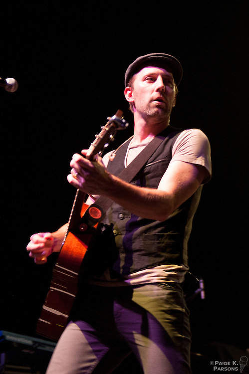 Mat Kerney performs at the Warfield Theater in San Francisco, July 19, 2011. Copyright Paige K. Parsons