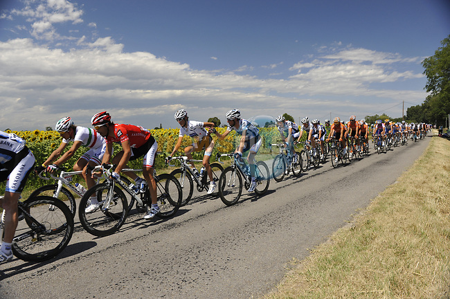 The peloton in action during Stage 19 of the Tour de France 2009 running 178km from Bourgoin-Jallieu to Aubenas, France. 24th July 2009 (Photo by Eoin Clarke/NEWSFILE)