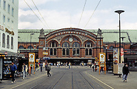 Bremen: Hauptbahnhof. Central railway station. Designed by Hubert Stier in 1886 but remodeled many times after war damage. Photo '87.
