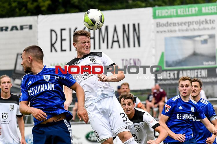 01.08.2020, C-Team Arena, Ravensburg, GER, WFV-Pokal, FV Ravensburg vs SSV Ulm 1846 Fussball, <br /> DFL REGULATIONS PROHIBIT ANY USE OF PHOTOGRAPHS AS IMAGE SEQUENCES AND/OR QUASI-VIDEO, <br /> im Bild Tobias Rühle / Ruehle (Ulm, #31) beim Kopfball<br /> <br /> Foto © nordphoto / Hafner