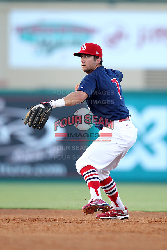 Palm Beach Cardinals second baseman Greg Garcia #7 during a game against the Fort Myers Miracle at Roger Dean Stadium on June 21, 2011 in Jupiter, Florida.  Palm Beach defeated Fort Myers 5-0.  (Mike Janes/Four Seam Images)