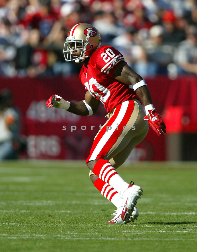 Mike Adams, of the San Francisco 49ers, in action, during their game against the Tampa Bay Buccaneers on October 30, 2005...San Francisco wins 15-10..Rob Holt / SportPics