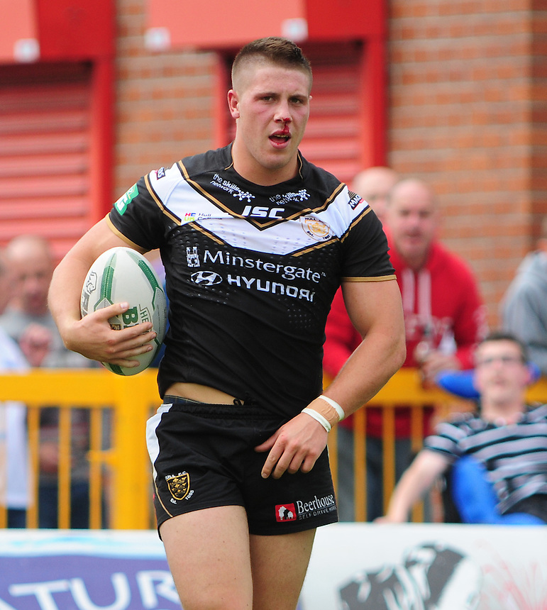 Hull FC's Tom Lineham <br /> <br />  (Photo by Chris Vaughan/CameraSport) <br /> <br /> Rugby League - Super League - Hull Kingston Rovers v Hull FC - Sunday 11th August 2013 - MS3 Craven Park - Hull<br /> <br /> &copy; CameraSport - 43 Linden Ave. Countesthorpe. Leicester. England. LE8 5PG - Tel: +44 (0) 116 277 4147 - admin@camerasport.com - www.camerasport.com