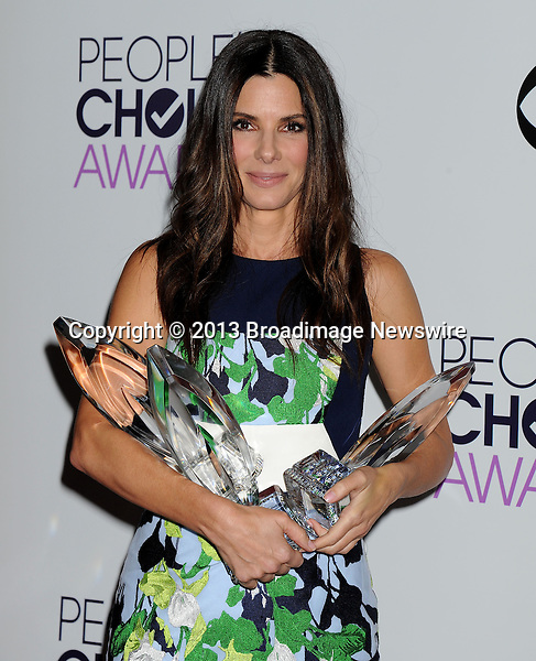 Pictured: Sandra Bullock<br /> Mandatory Credit &copy; Gilbert Flores/Broadimage<br /> 2014 People's Choice Awards - Press Room<br /> <br /> 1/8/14, Los Angeles, California, United States of America<br /> <br /> Broadimage Newswire<br /> Los Angeles 1+  (310) 301-1027<br /> New York      1+  (646) 827-9134<br /> sales@broadimage.com<br /> http://www.broadimage.com