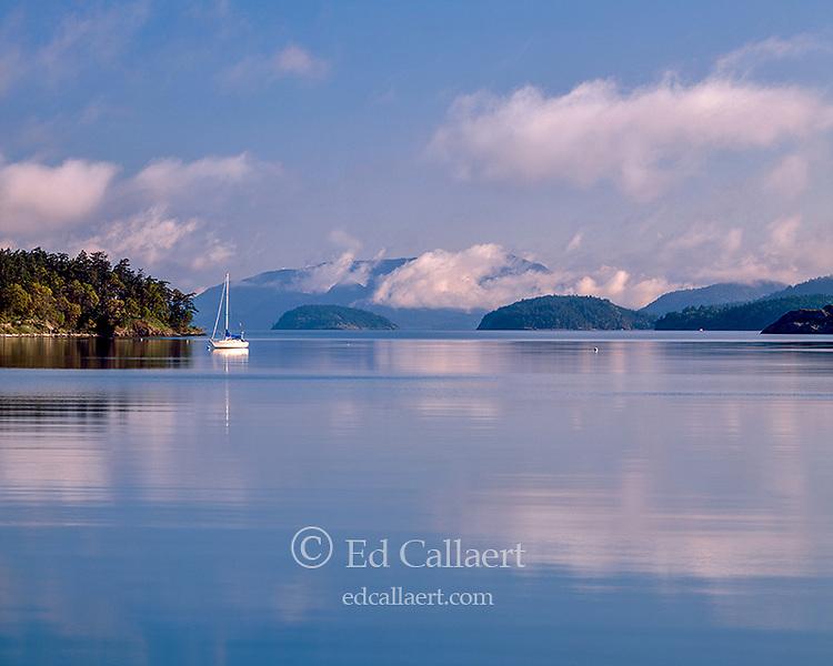 Saiuboat, Mud Bay, Lopez Island, San Juan Islands, Washington