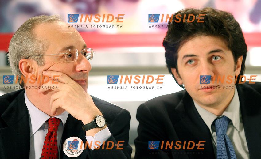 Roma 12 03 2006 Apertura della Campagna Elettorale della Rosa nel Pugno<br /> Nella foto  Enrico Boselli e Marco Cappato<br /> Photo Serena Cremaschi Insidefoto