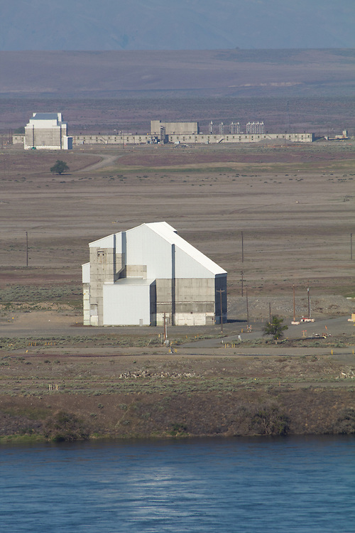 The Hanford Site, Columbia River, H reactor, (1949) with the D reactor, (1944) both plutonium production reactors have been deactivated and cocooned due to radiation,  Department of Energy, Washington State,